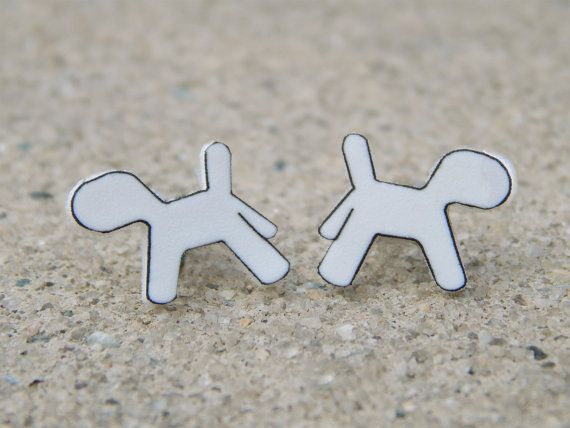 5SOS Ketchup Earrings 5SOS Ketchup the Dog by TheFeelsFactor, $8.00 if my eyes were pierced id get these<I want them so bad lol