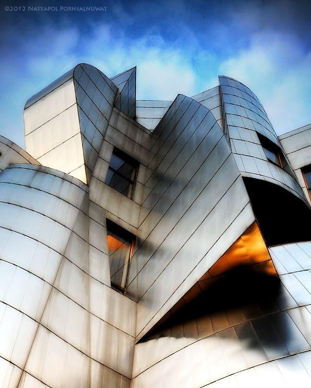 Weisman Art Museum,  University of Minnesota campus in Minneapolis, USA