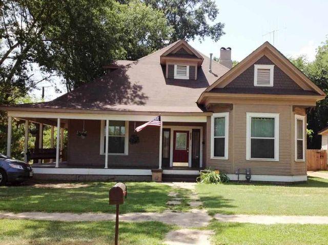 1306 E Fannin St, Marshall, TX 75670