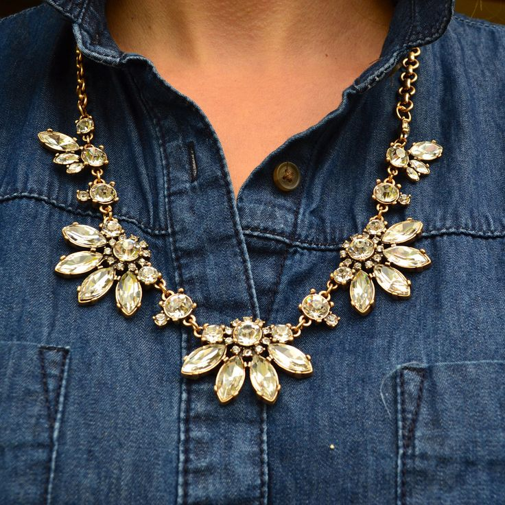 i love the denim shirt and statement necklace combo!