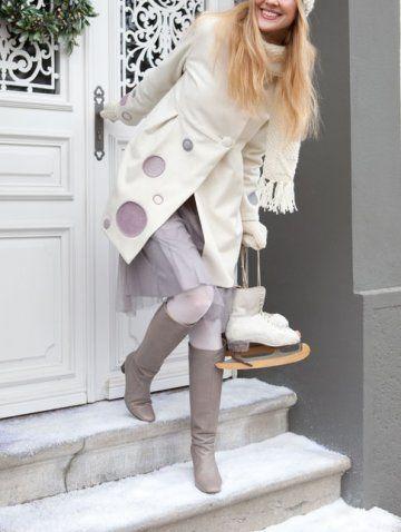 Manteau en laine bouillie ou feutre écru avec ronds violets en piquetage patron a telecharger