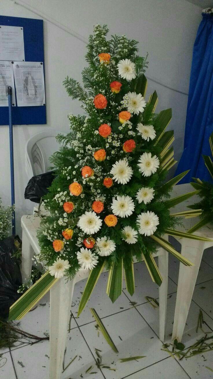 Large Flower Arrangement With Images Large Flower Arrangements