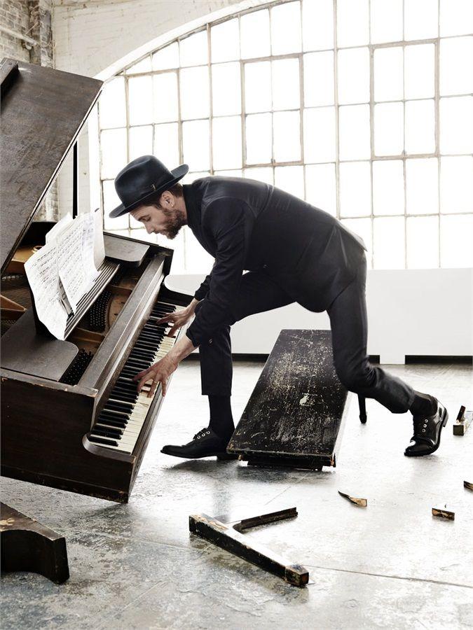 Jovanotti sulla cover di Vanity Fair: «L'alba è già qua» - VanityFair.it
