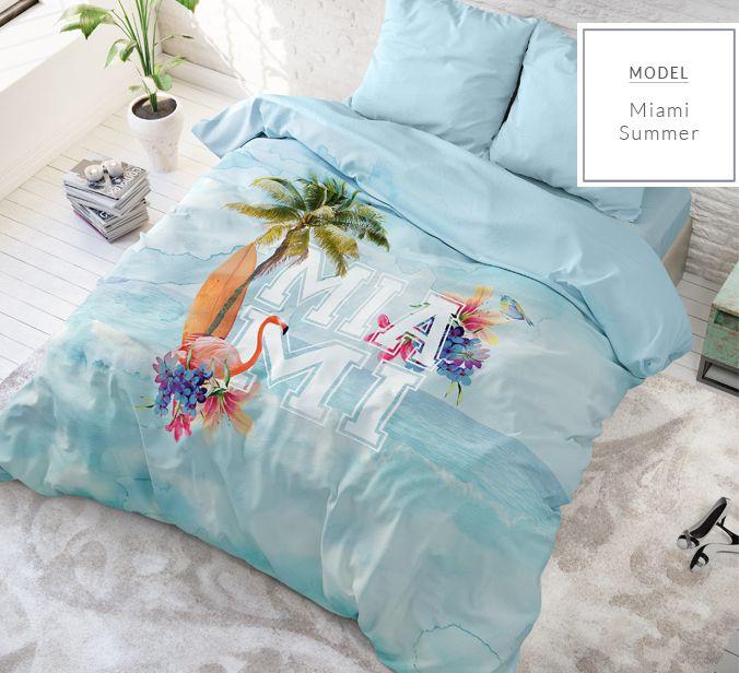 Pestré modré posteľné obliečky s nápisom MIAMI