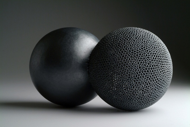 David Huycke, Kissing Spheres #2, 2006, sterling silver granulation
