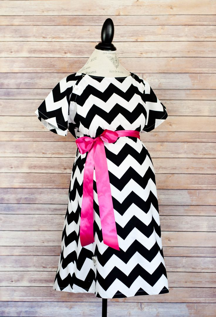 Black Chevron - Maternity Hospital Nursing & Delivery Gown