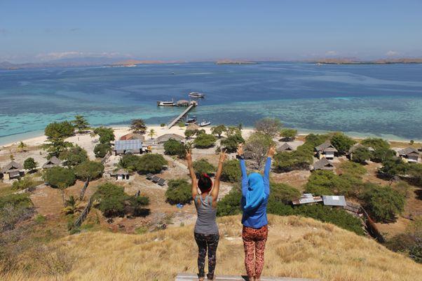 Ngetrip Asik, Melihat Indahnya Indonesia Bagian Timur Ala Vita | PiknikDong - Part 4