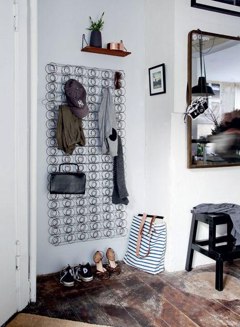 DIY Inspiration | Mattress Springs as Wall Storage