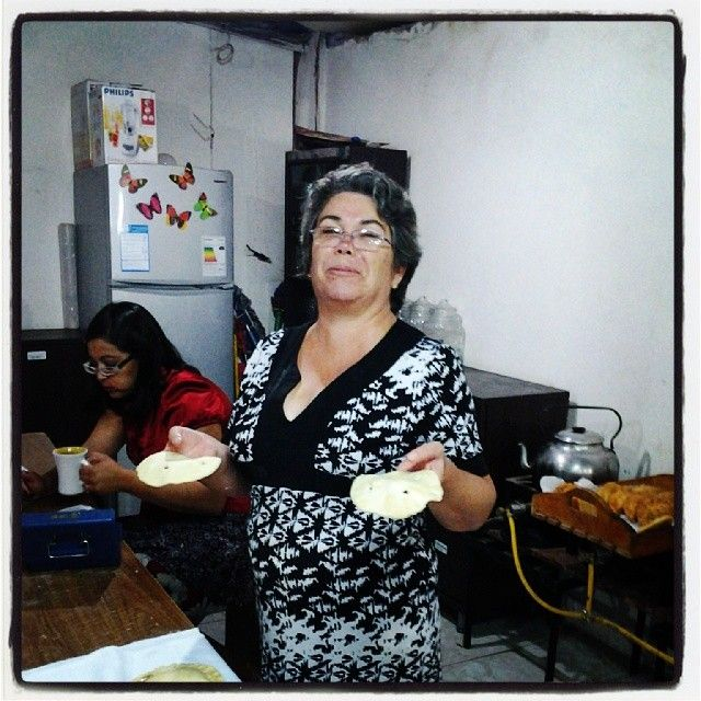 Nuestra Pastora María Eugenia trabajando en el día de hoy....Que Dios la bendiga!!!!