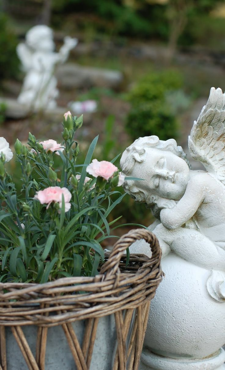 A Garden Brings Peace And Tranquility To Oneu0027s Soul!