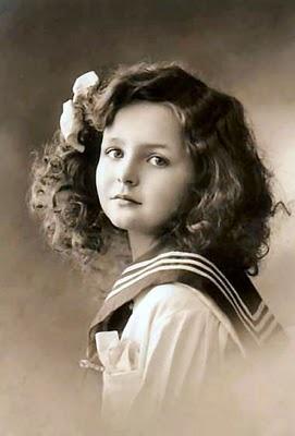Little Girls, Vintage Photos, Vintage Photographers, Vintage Children, Vintage Pictures, Sailors Girls, Vintage Beautiful, Magic Moonlight, Vintage Girls