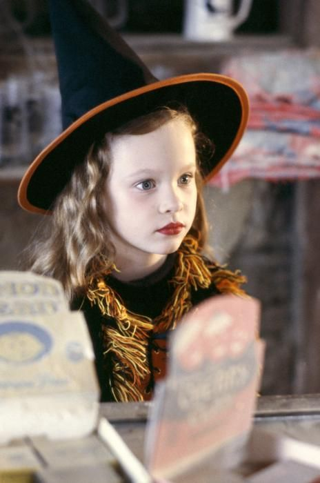 Halloween is simply not Halloween for me unless I watch Hocus Pocus at least once each year