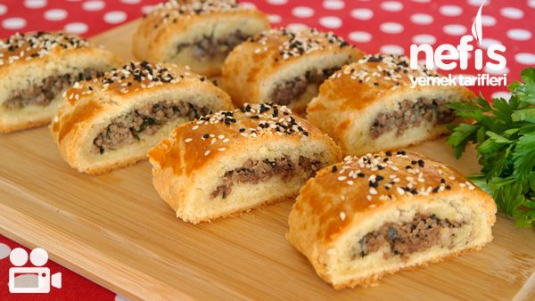 Videolu anlatım Teyze Çöreği Tarifi Videosu nasıl yapılır? 2.205 kişinin defterindeki Teyze Çöreği Tarifi Videosu'nun videolu anlatımı ve deneyenlerin fotoğrafları burada. Yazar: NYT Mutfak
