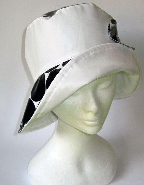 Hüte - Regenhut weiss schwarz - ein Designerstück von Janecolori bei DaWanda