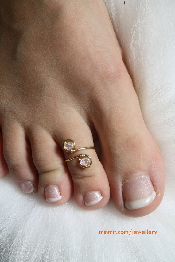 Toe Ring worn to signify the married status of a woman in India: 14K Gold and Swarovski Crystal toe ring