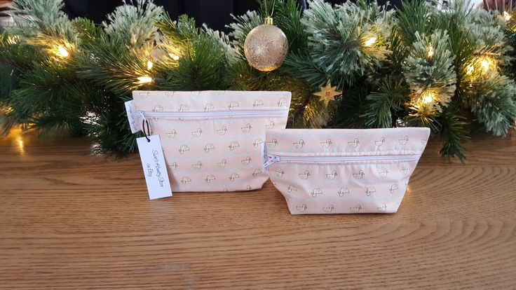 2 pack make-up bags