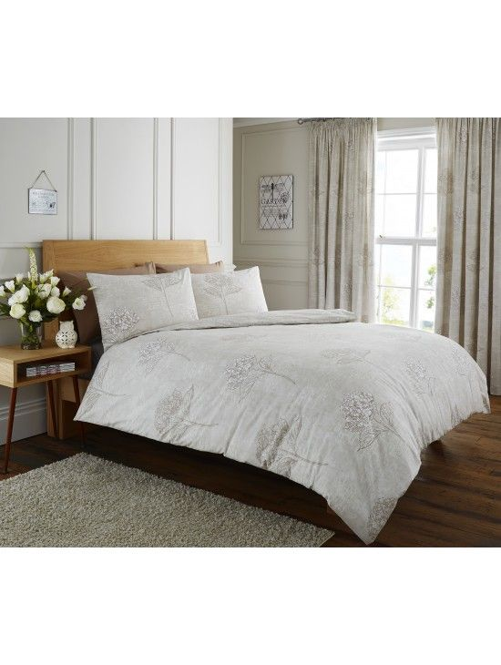 Life From Coloroll Vintage Hydrangea Duvet Set Natural