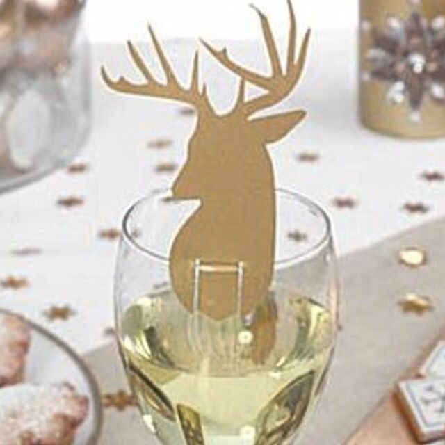 Kerst naamkaartjes J-style-deco.nl, de online feestwinkel.Met een grote kerst en happy new year collectie!Heb jij hem al gezien?Ga snel naar de feestwinkel en bekijk het grote assortiment verzending v.a 3,45.- #feestwinkel #kerst #Christmas #xmas #christmastree #christmas2015 #christmasdinner #christmasdress #christmasdecoration #snowman #santa #santaclaus #gold #silver #red #happynewyear #2016 #oudennieuw #versiering #ballonnen #slingers #brillen #hoedjes #kerstjurkjes #kerstkostuums