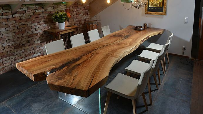 Baumstammtische Designer Tische Naturtische Naturliche Tische