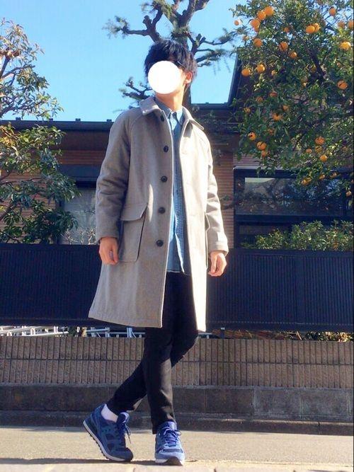 ステンカラーコート使いまくってます😏 ロングコート×黒スキニー 王道ですね👍 みんな春物買ってる