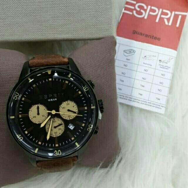 Saya menjual Jam Tangan Pria Esprite ES106901003 Black Leather Original Murah seharga Rp1.830.000. Dapatkan produk ini hanya di Shopee! https://shopee.co.id/azshop30/216474568 #ShopeeID