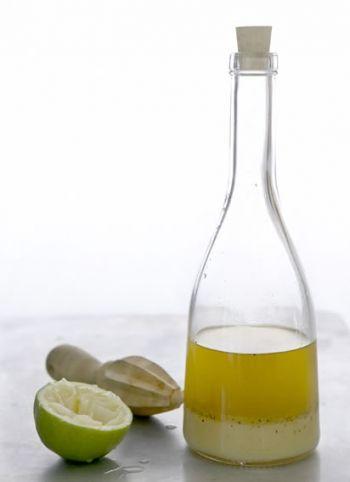 Classic Vinaigrette recipe on www.nomu.co.za