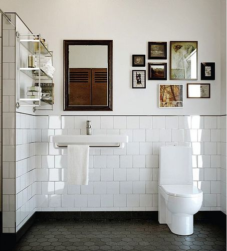 Emmas Designblogg 3.26.11 {white bathroom}   Flickr - Photo Sharing!