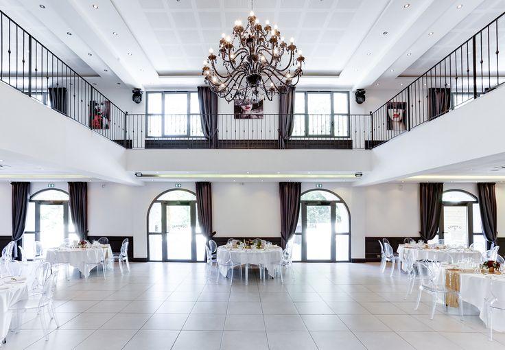 Salle de Réception dans le Sud de la France , Provence, Gemenos, Bouches du Rhône, Mariage baroque anniversaire, Baptême, Luxueux, Majestueux, Classe, Moderne, Baroque