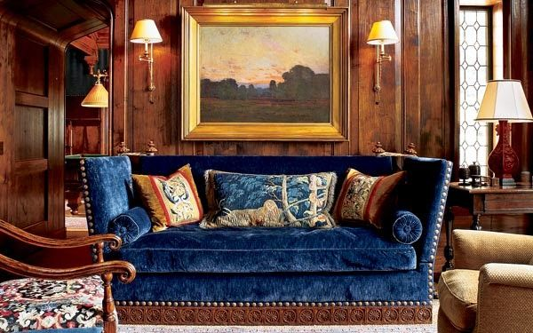 www.eyefordesignlfd.blogspot.com  Decorating With The Knole Sofa