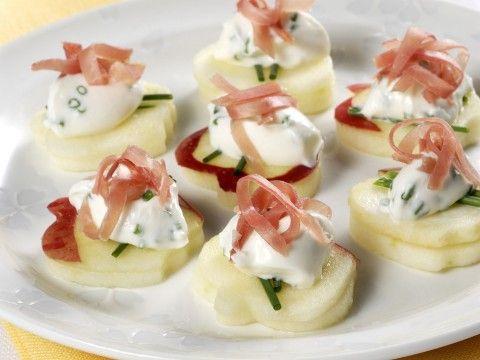 tartine-di-mele-con-formaggio-e-speck