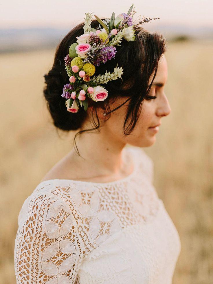 Bridal Up Do with Fresh Flower Hair Accessory | Laura de Sagazan boho wedding dress | Destination wedding in Spain | Outdoor ceremony | al fresco dining | Image by Marcos Sánchez | http://www.rockmywedding.co.uk/laura-david/
