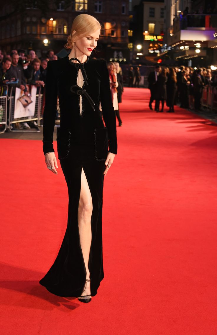 A splendid Nicole Kidman took the red carpet by storm tonight in a floor-sweeping Giorgio Armani Privé black silk velvet crystal embroidered​ dress for the premiere of her new movie 'LION' during this year's London Film Festival. #ArmaniStars