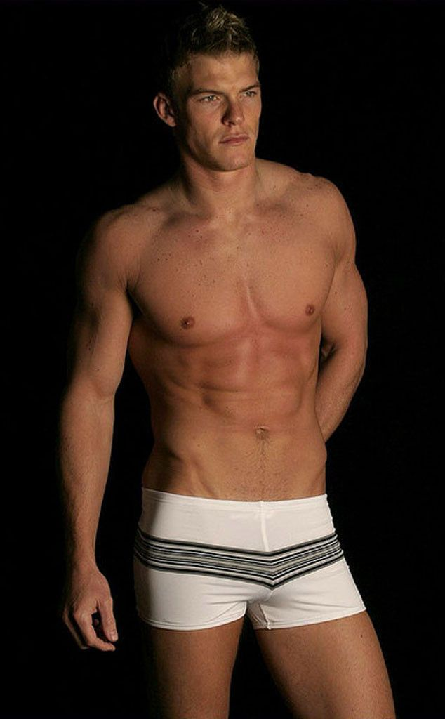 Hunger Games: Catching Fire actor Alan Ritchson talks about his underwear model past!