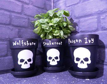Gothic Pot, Goth Pot, Gothic Flower Pot, Gothic Herb Pot, Black flower Pot, Alternative Flower Pot, Gothic Home Decor