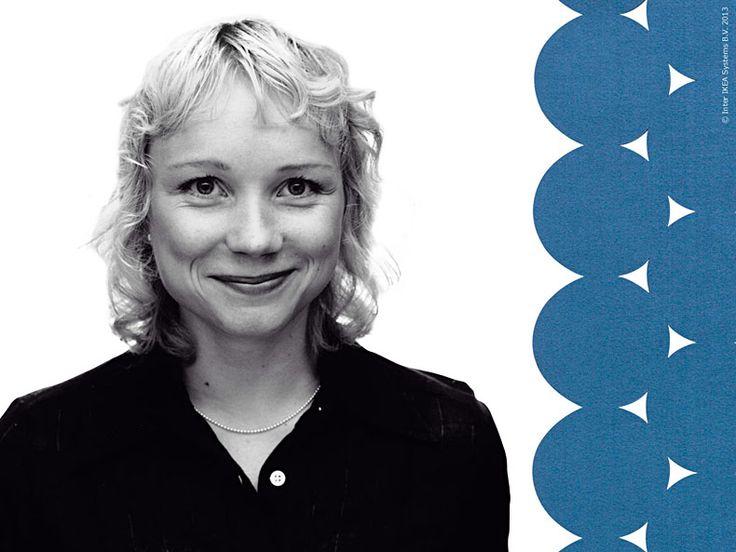 Maria Vinka var redan i gymnasieåldern intresserad av grafiktryck. Efter grundskolan gick hon en förberedande konstutbildning i Örebro och senare vidare till produktdesign på HDK.