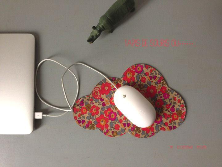 tapis de souris forme nuage en liberty : Accessoires de maison par m-comme-mum