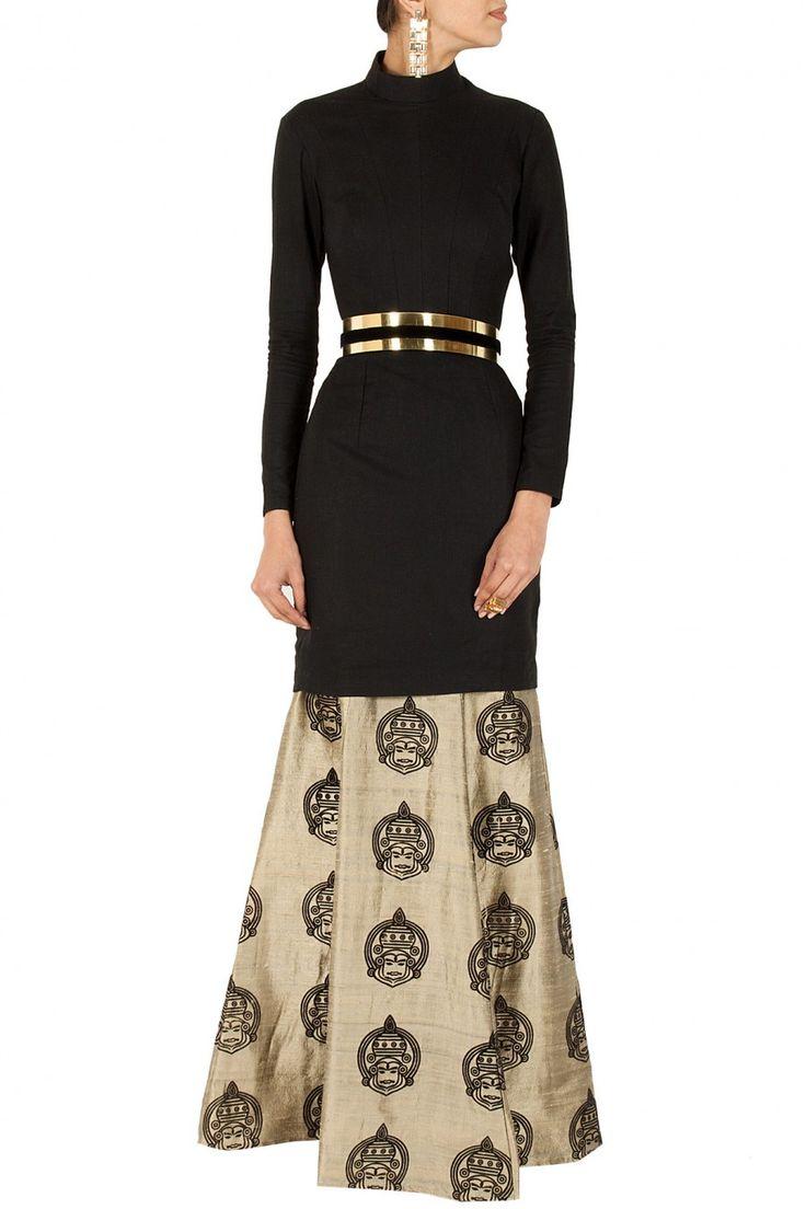 Black cut out kurta with gold kathakali skirt BY NIKHIL THAMPI. Shop now at perniaspopupshop.com #perniaspopupshop #clothes #womensfashion #love #indiandesigner #NIKHILTHAMPI #happyshopping #sexy #chic #fabulous #PerniasPopUpShop