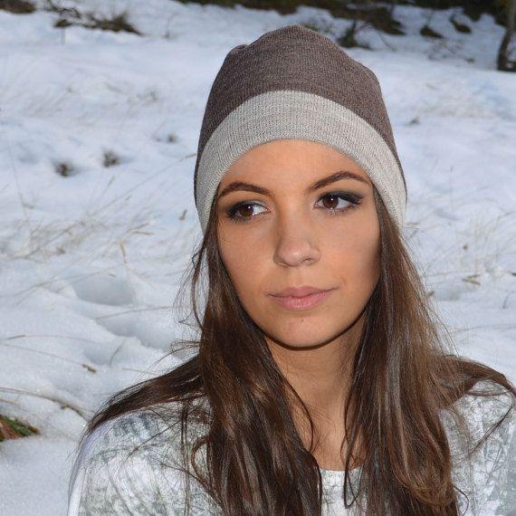 Cappello double face in lana bio