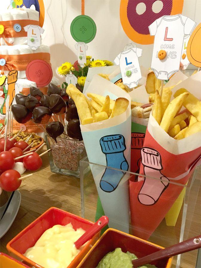 Babyshower-happyhour-tutine-bottoni-bottoms-babygro-bucato-laundry-calzini-buffet-cuoppo-salse