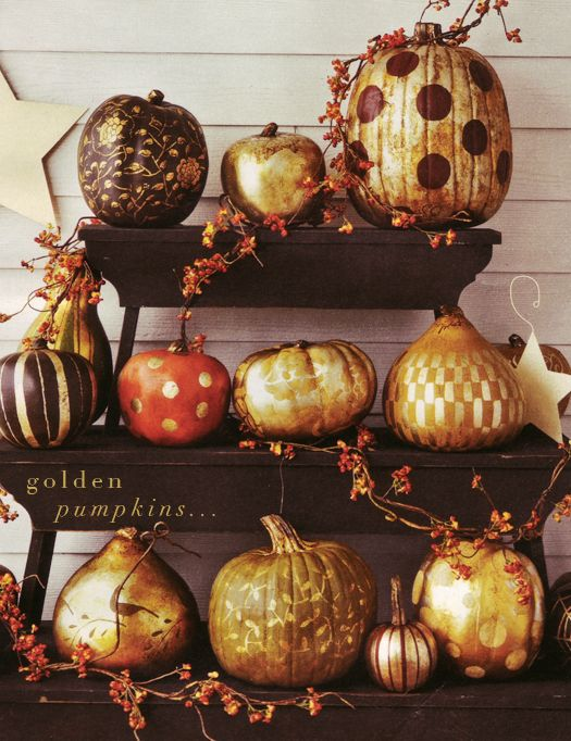 gold spray painted pumpkins: Ideas, Craft, Gold Pumpkin, Halloween Fall, Fall Halloween, Painted Pumpkins, Fall Decorating, Holidays