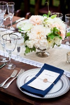 Navy & Blush Centerpieces | Photography: Cliff Brunk