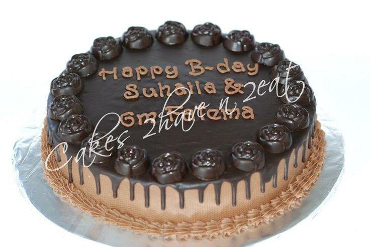 CHOCOLATE LOVER'S DREAM CAKE! CHOCOLATE FUDGE CAKE WITH CHOCOLATE GANACHE AND ROSE CHOCOLATE BORDER!