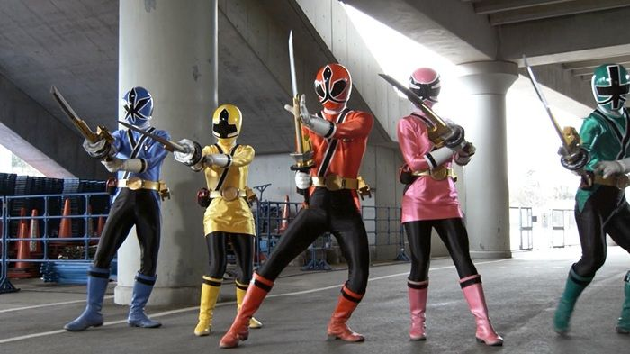 """POWER RANGERS From left to right: The Blue Ranger (""""Kevin,"""" right), the Yellow Ranger (""""Emily,"""" left center), the Red Ranger (""""Jayden,"""" center), the Pink Ranger (""""Mia,"""" right center) and the Green Ranger (""""Mike,"""" right) star in Lionsgate Home Entertainment's Power Rangers Samurai: A Team Divided Volume 3."""