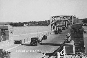 Tom Ugly's Bridge on the Georges River in southern Sydney (year unknown).