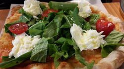 Light and Fast Pizza at Trevia!