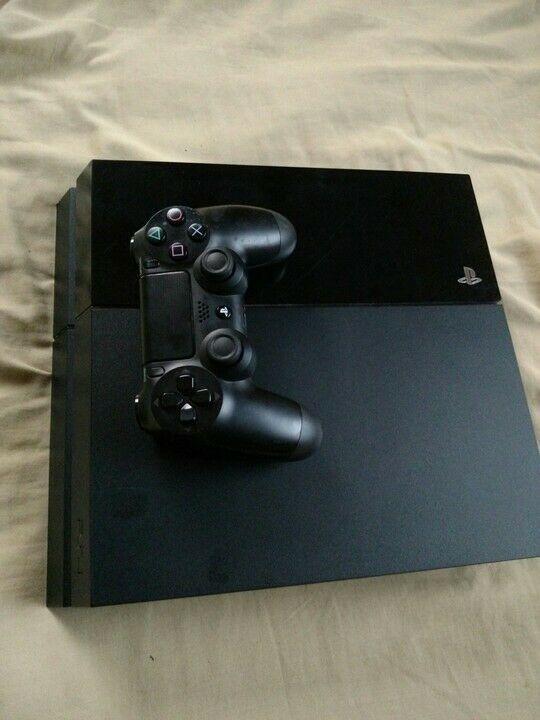 Sony PS4 - 500GB Jet Black Bundle - REFURBISHED #ps4 #gaming #video