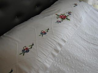 eski kanaviçelerden yatak örtüsü - Google'da Ara