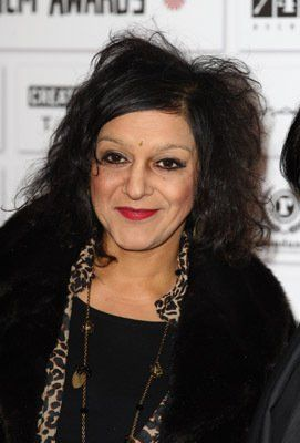 Meera Syal - Meera Syal was born on June 27, 1961 in Wolverhampton, Staffordshire, England as Feroza Syal. She is an actress and writer, known for Beautiful Thing (1996), The Kumars at No. 42 (2001) and Scoop (2006). She has been married to Sanjeev Bhaskar since January 21, 2005. They have 1 child. Her parents moved to England from New Delhi before she was born.