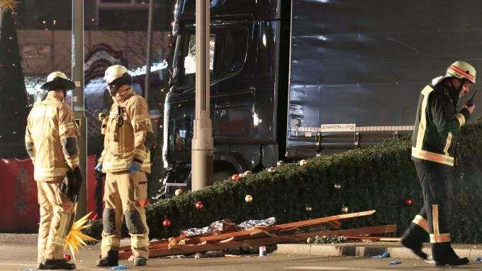 Berlin : ce que l'on sait de l'attaque au camion qui a fait au moins neuf morts et 50 blessés