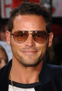 Justin Chambers Picture